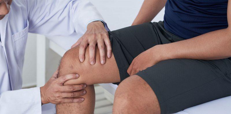 ¿Qué hace el ácido hialurónico en la rodilla?